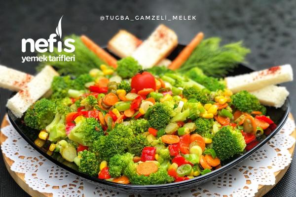 Harika Lezzetiyle Şifalı Brokoli Salatası Tarifi