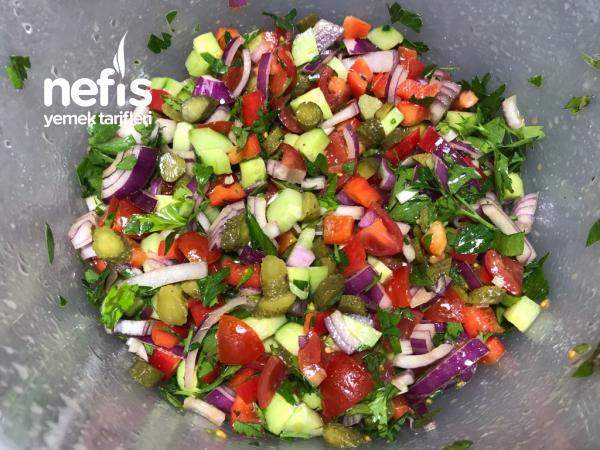 Kuru Fasulye Salatası Bu Lezzet Bir Harika