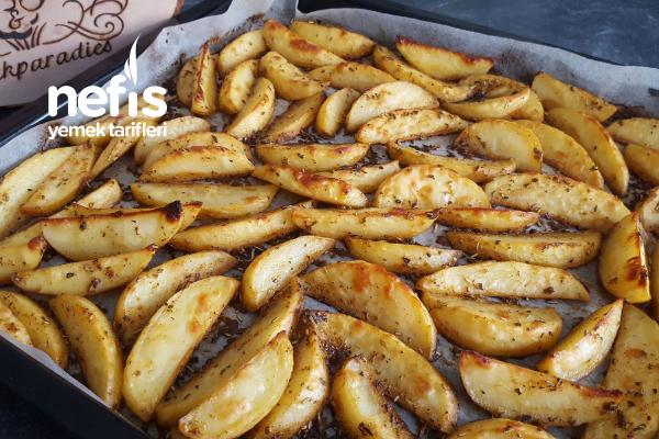 Fırında Baharatlı Patates Dilimleri Peri Ve Sara´nın Tarifleri  ( Videolu) Tarifi