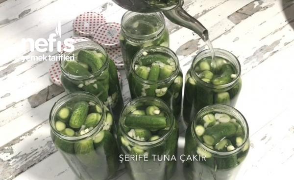 Kaynar Su İle Salatalık Turşusu (Videolu)
