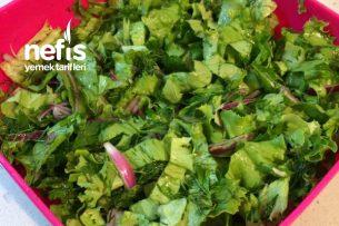 Yeşil Salata (Et Ve Sakatat Yanına) Tarifi