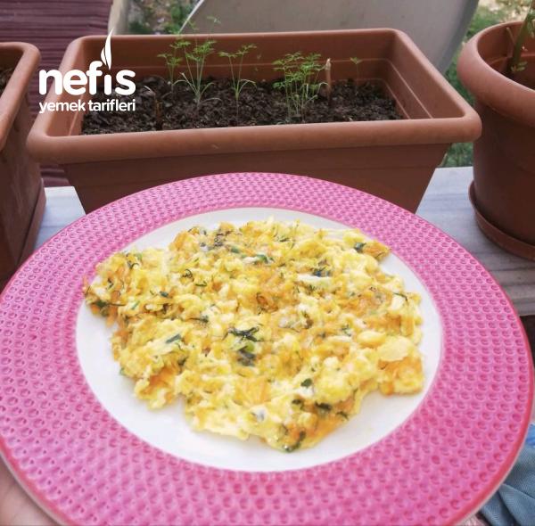 Havuçlu, Dereotlu Sahanda Yumurta / Omlet