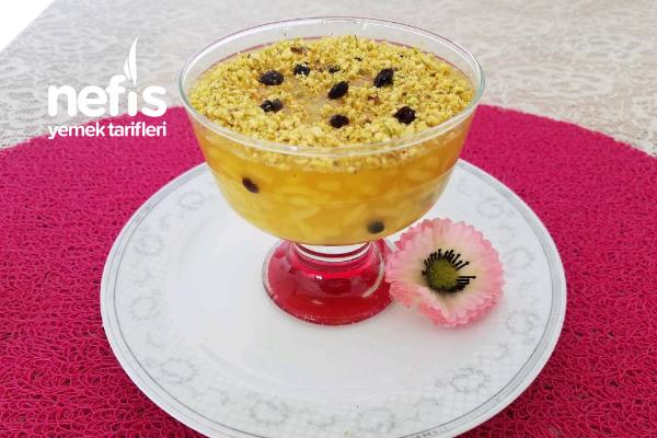 Osmanlı Mutfağının Gözdelerinden Zerde Tatlısı Tarifi