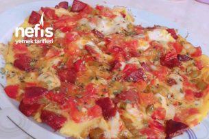 Yumurta Pizzası (Denemeyen Pişman) Tarifi
