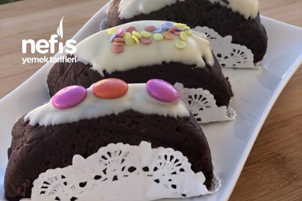 3 Malzemeli Artık Kek Pastası Tarifi