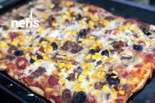 Kavurmalı Pizza Tarifi