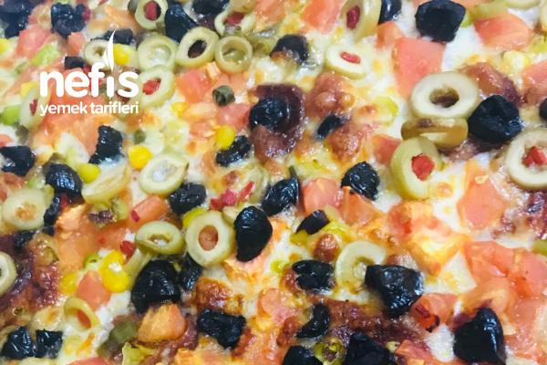 Evde Pizza Nasıl Yapılır