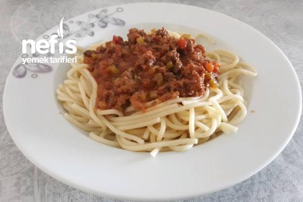 Kıyma Soslu Spaghetti Tarifi