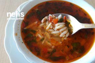 Kıymalı Sebzeli Arpa Şehriye Çorbası (Şifa Niyetine) Tarifi