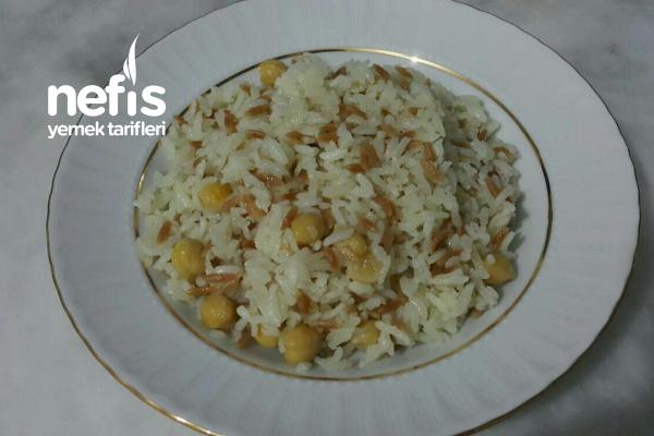 Nohutlu Ve Şehriyeli Pirinç Pilavı Tarifi