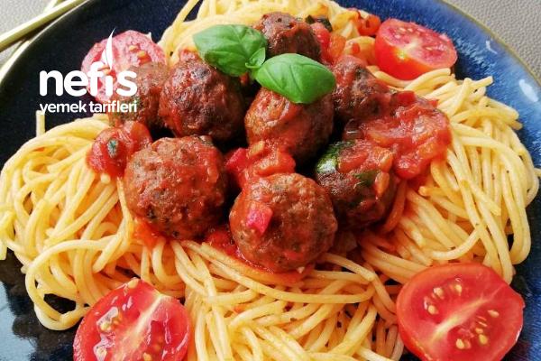 Domates Soslu Köfteli Spaghetti Tarifi