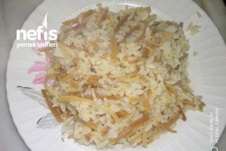 Enfes Erişteli Pirinç Pilavı Tarifi