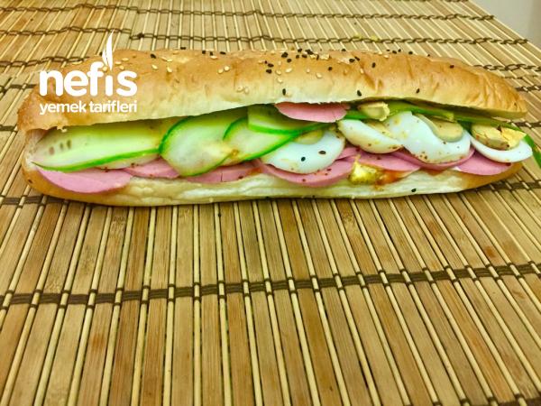 Figen'in Soğuk Piknik XXL Sandviçleri – Dağ Yürüyüşleri İçin İdeal