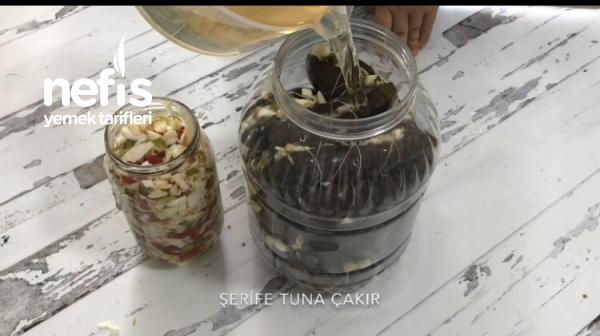 Sebzeli Patlıcan Turşusu (Videolu)