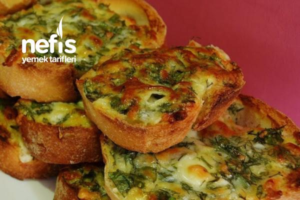 Bayat Ekmekle Kahvaltı Tarifi (Videolu)