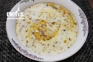 Tel Şehriyeli Yoğurt Çorbası (Et Sulu) Tarifi