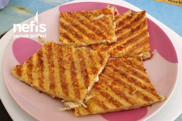 Börek Tadında Patates Tostu Tarifi