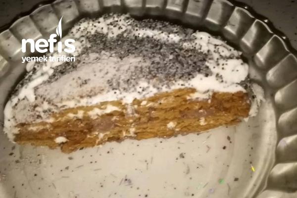 Haşhaşlı Minik Yaş Pastam Sevgimizi Kattığımız Herşey Güzeldir Tarifi