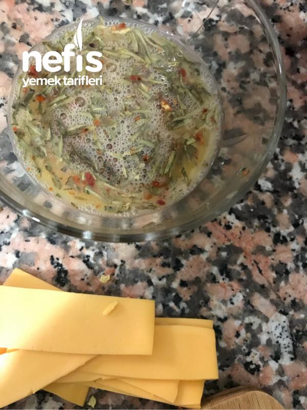 Cheedarlı Omlet