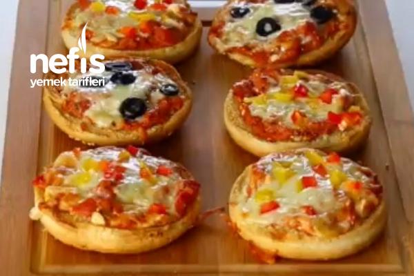 Hamburger Ekmeğinde Pratik Pizza (Videolu) Tarifi
