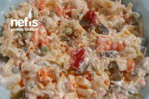 Yoğurtlu Erişte Salatası Tarifi