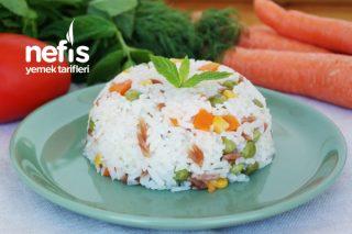 Tereyağlı Sebzeli Pirinç Pilavı Tarifi