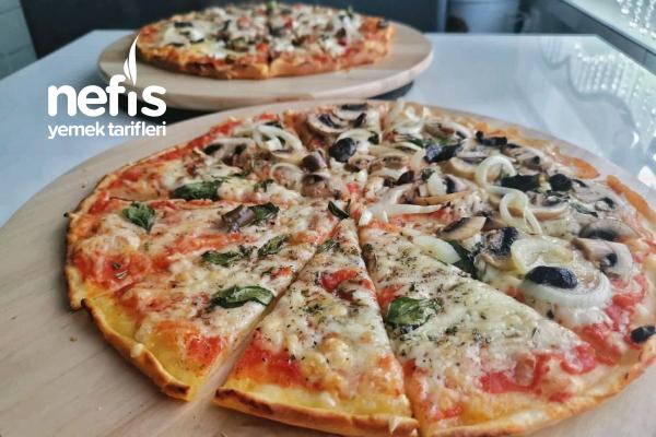 2 Kişilik Ev Yapımı Pizza Tarifi