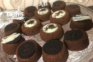 Çikolata Soslu Oreolu Kek Tarifi