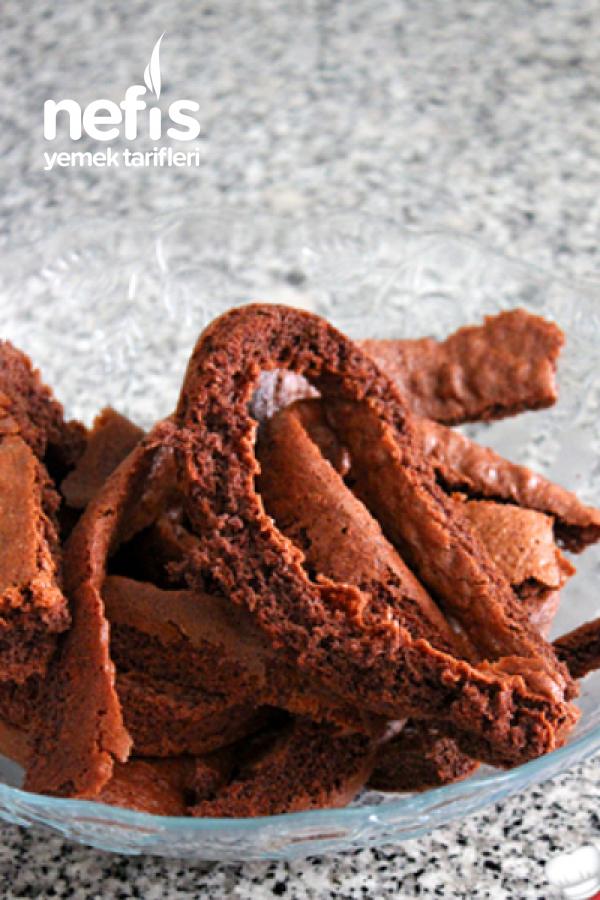 Çikolatalı Ve Orman Meyveli Yaş Pasta
