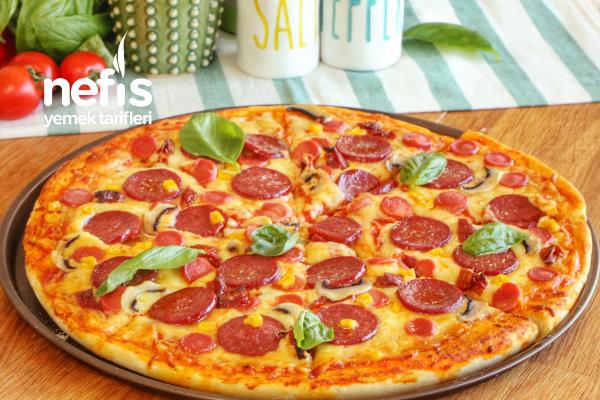 Evde Pizza Tarifi Nasıl Yapılır?