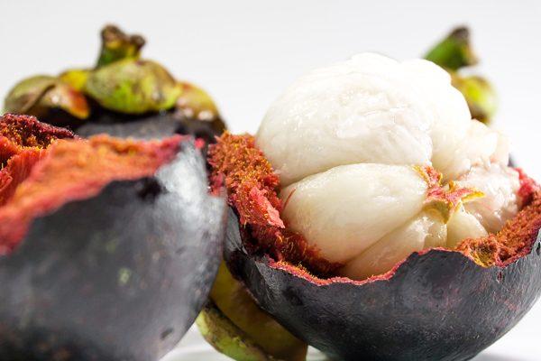 Mangosten Meyvesi Nedir? 9 İnanılmaz Faydası Tarifi