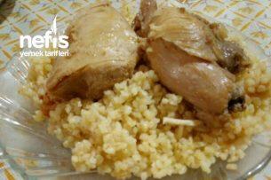 Domatesli Bulgur Pilavı Üstü Tavuk Tarifi