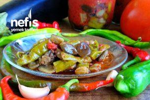 Kışlık Patlıcanlı Biber Kızartması (Domates Soslu) Tarifi