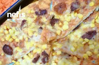 Ekmek Hamurundan Az Malzemeli Kolay Pizza Tarifi