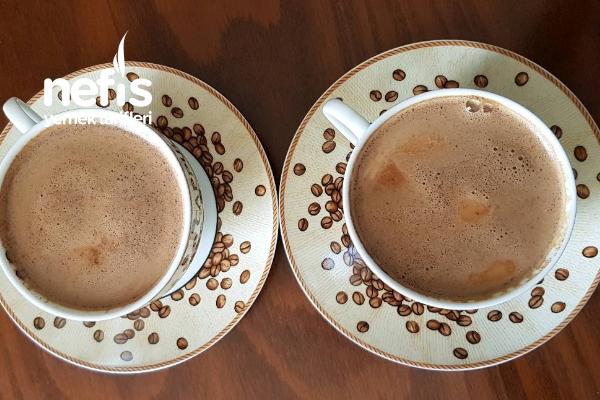 Köpüklü Sütlü Kahve Tarifi