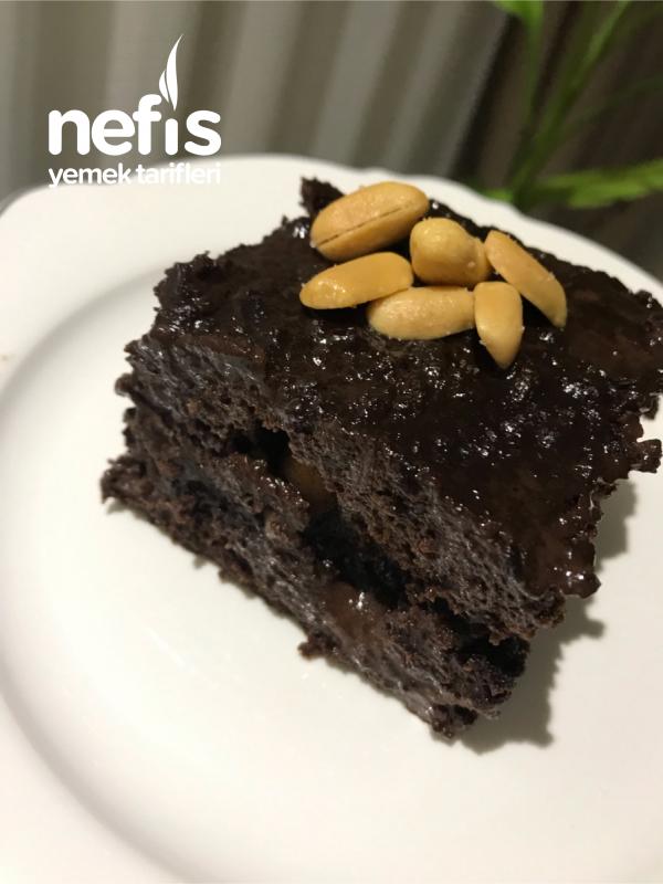 Bol Çikolatalı Fıstıklı Islak Kek