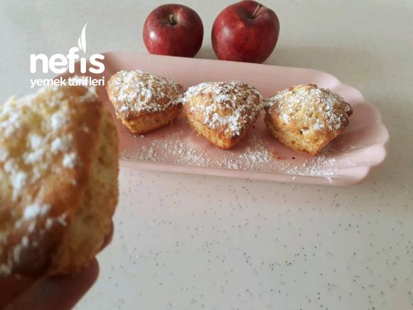 Elmalı Mini Kekler