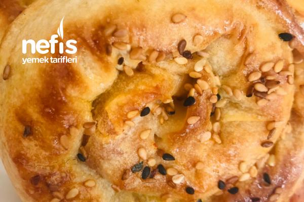 Gül Böreği ( Patates Nasıl Sevilmez Ki ) Tarifi