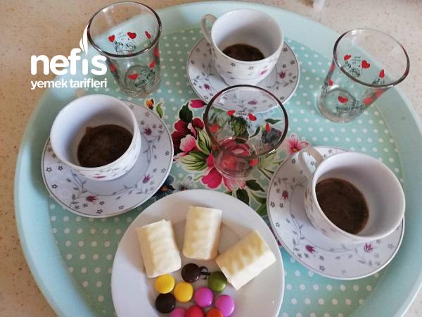 Osmanlı Kahvesi Köpüklü Köpüklü