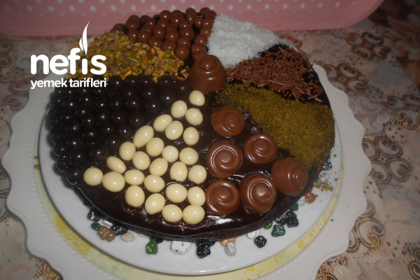 Çikolata Pudingli Pekmezli Islak Pasta Tarifi