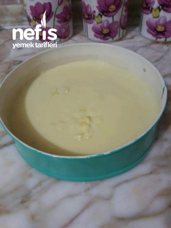 Çilek Jöleli Ispanaklı Pasta