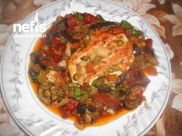 Fırında Sebzeli Tavuk Göğsü