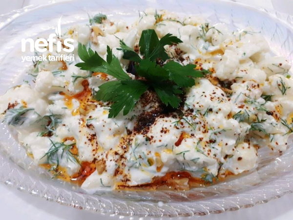 Karnabahar Salatası(yoğurtlu)