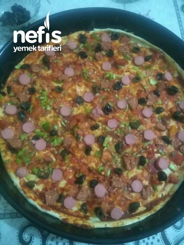 Ustasından Pizza Tarifi(2 Tepsilik)