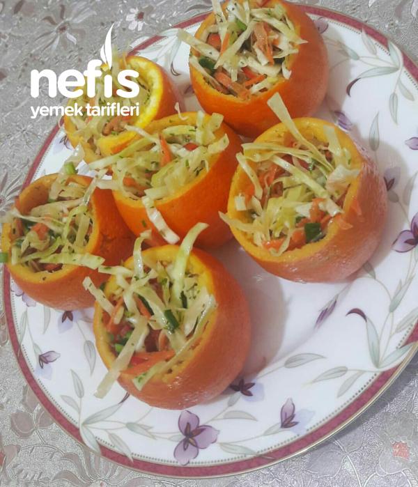 Portakal Canaginda Lahana Salatasi