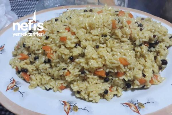 Havuçlu Zerdeçallı Pirinç Pilavı Tarifi