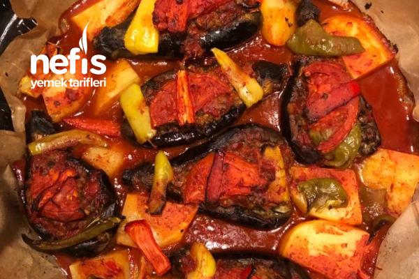 Kızartmadan Fırında Patlıcan Karnıyarık Tarifi