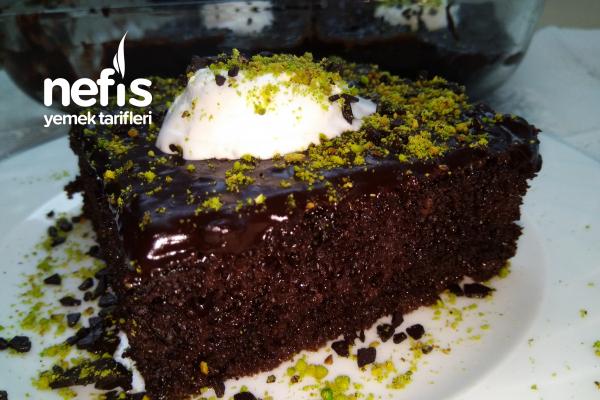 Sünger Gibi, Sosu Bi Harika Pasta (Sanki Sosunda Çikolata Var Gibi) Tarifi