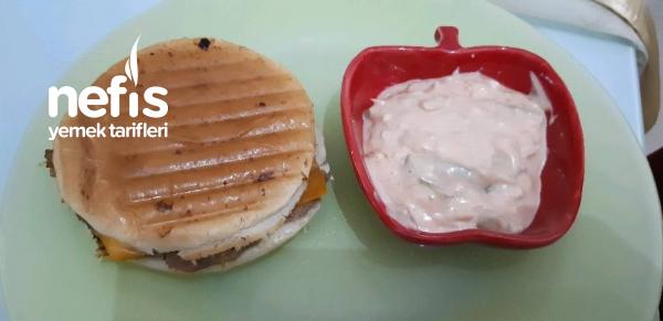 Sebzeli Cheeseburger