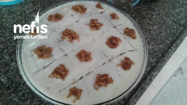 Pudinkli Sünger Gibi Yumuşacık Kek